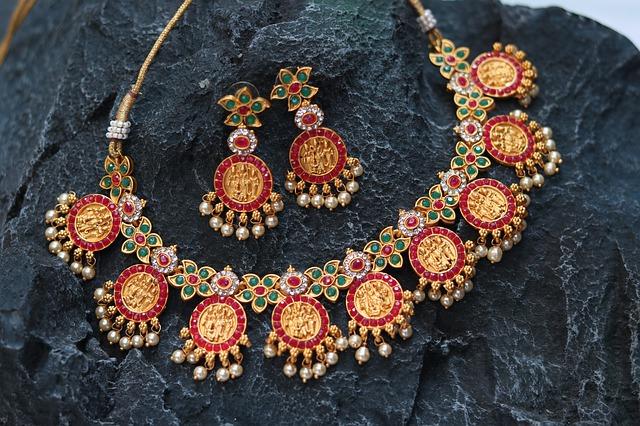 parure bijoux ethnique